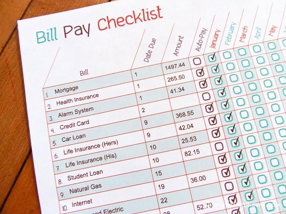 I was looking for a savings planner and found this free bill pay checklist that helps with my budget plan.
