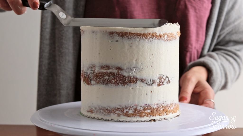 tips for smooth buttercream cake