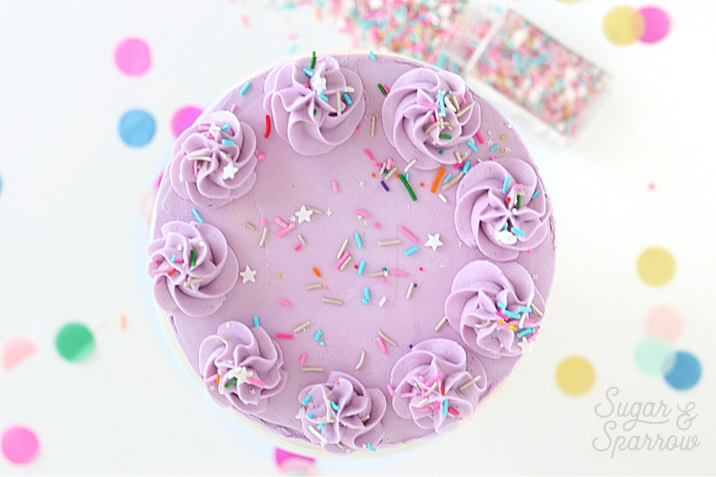 how to decorate cakes with fancy sprinkles