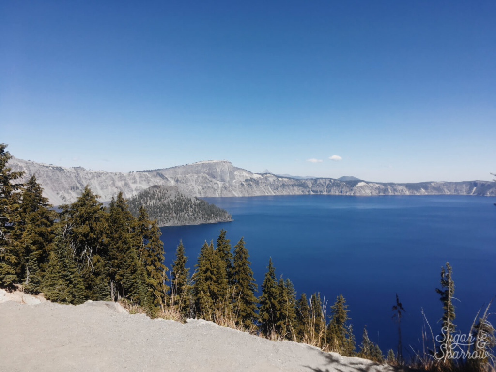 crater lake national park viewpoint