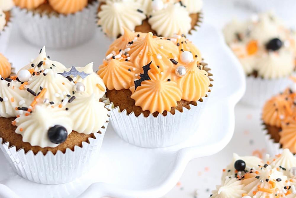 pumpkin cupcakes with cream cheese buttercream recipe