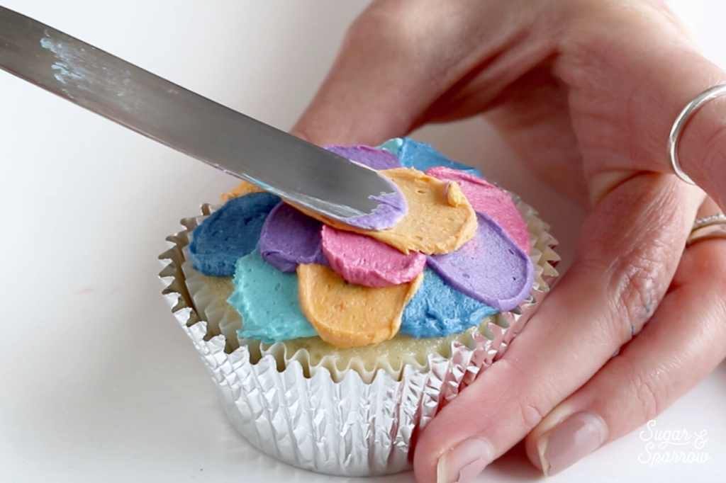 how to paint with buttercream