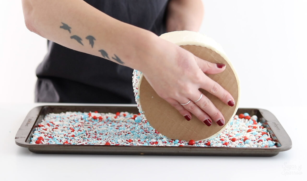 how to cover a buttercream cake in sprinkles