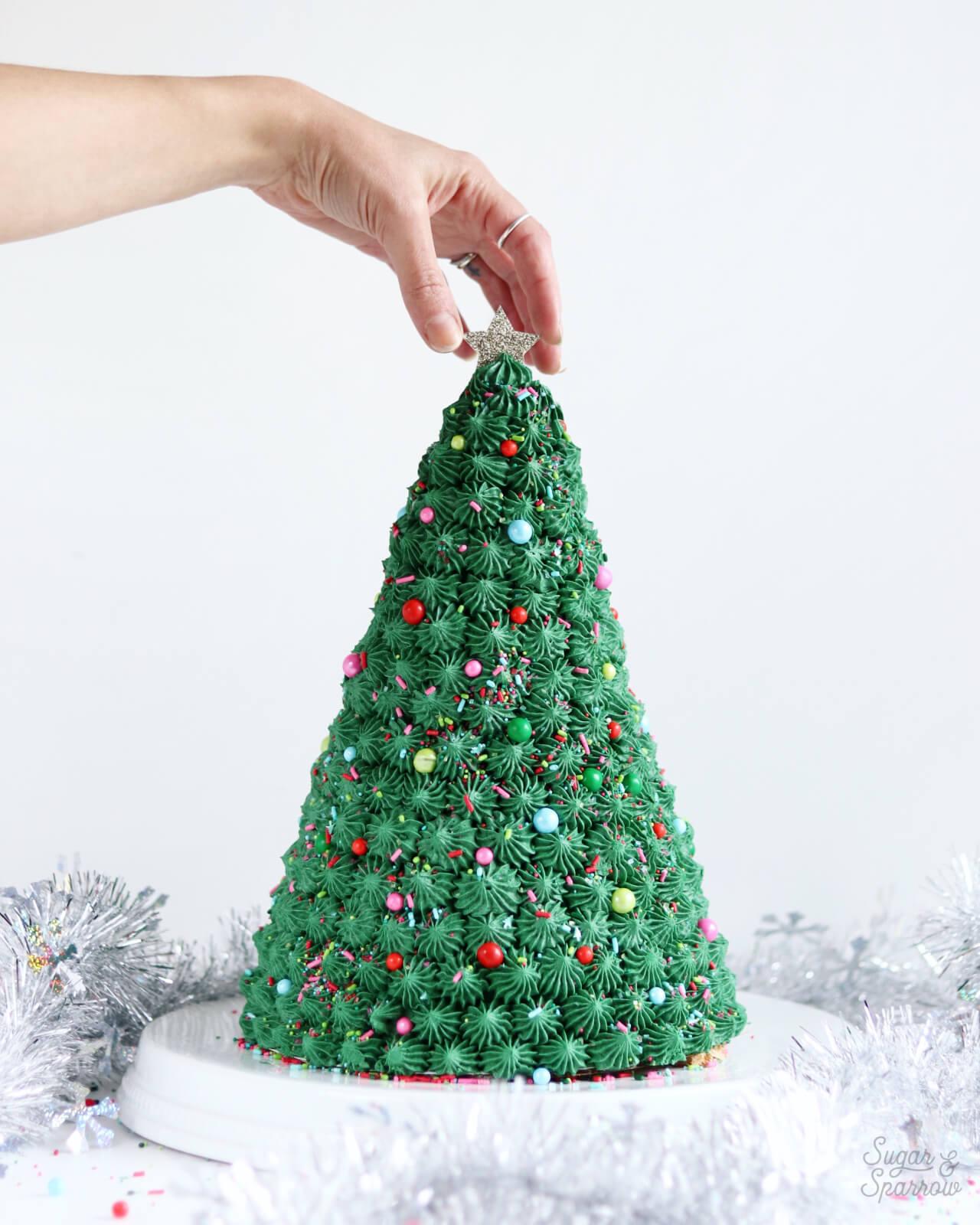Christmas Tree Cake.How To Make A Christmas Tree Cake Sugar Sparrow