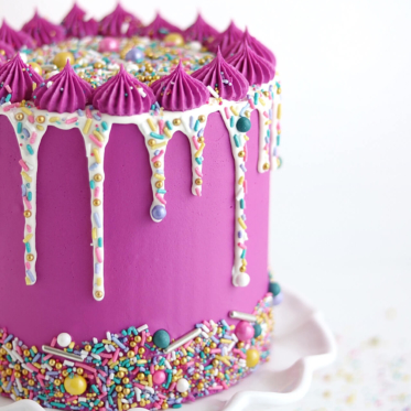 sprinkle drip cake tutorial by sugar and sparrow