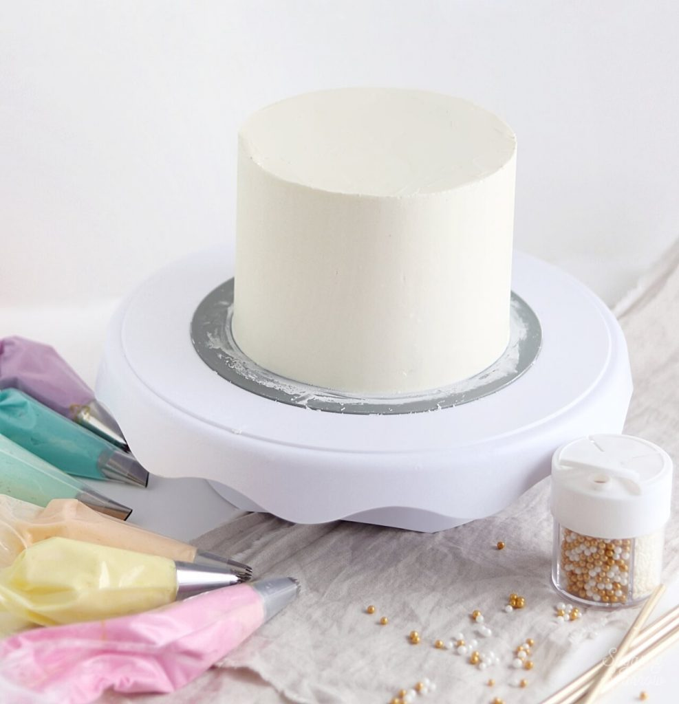 how to make a smooth buttercream cake