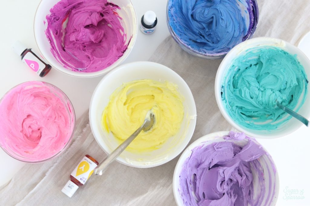 how to color buttercream with Wilton Color Right System