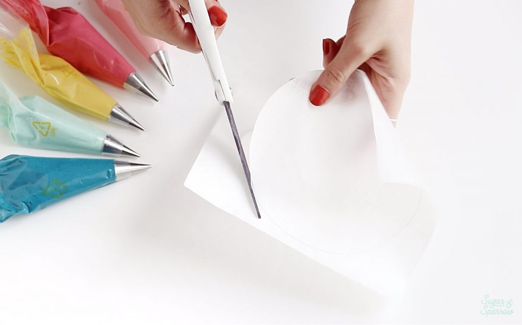 how to cut a parchment paper round