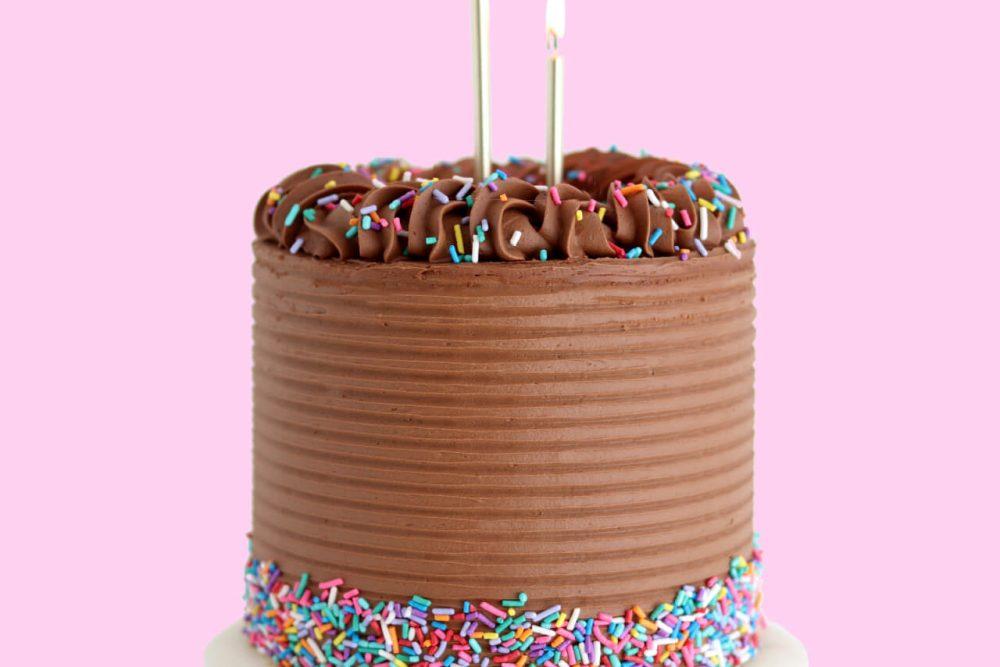 yellow cake recipe with chocolate buttercream