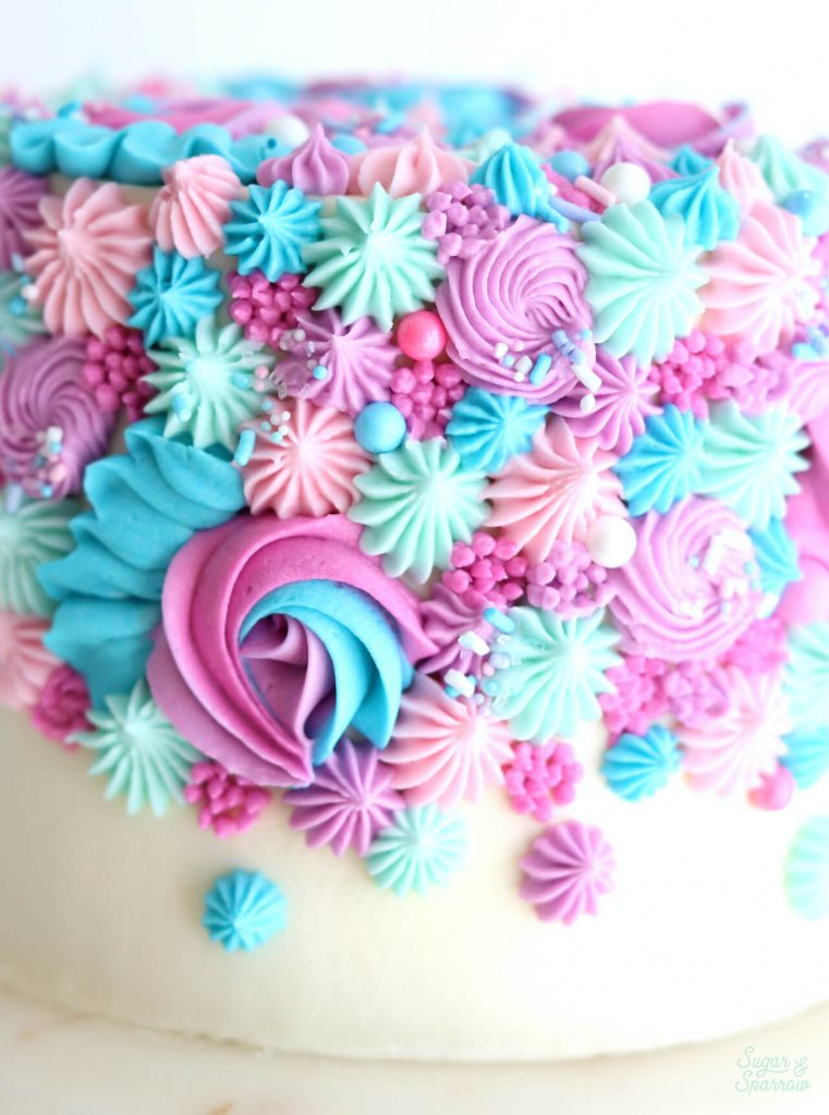 gender reveal cake pink and blue