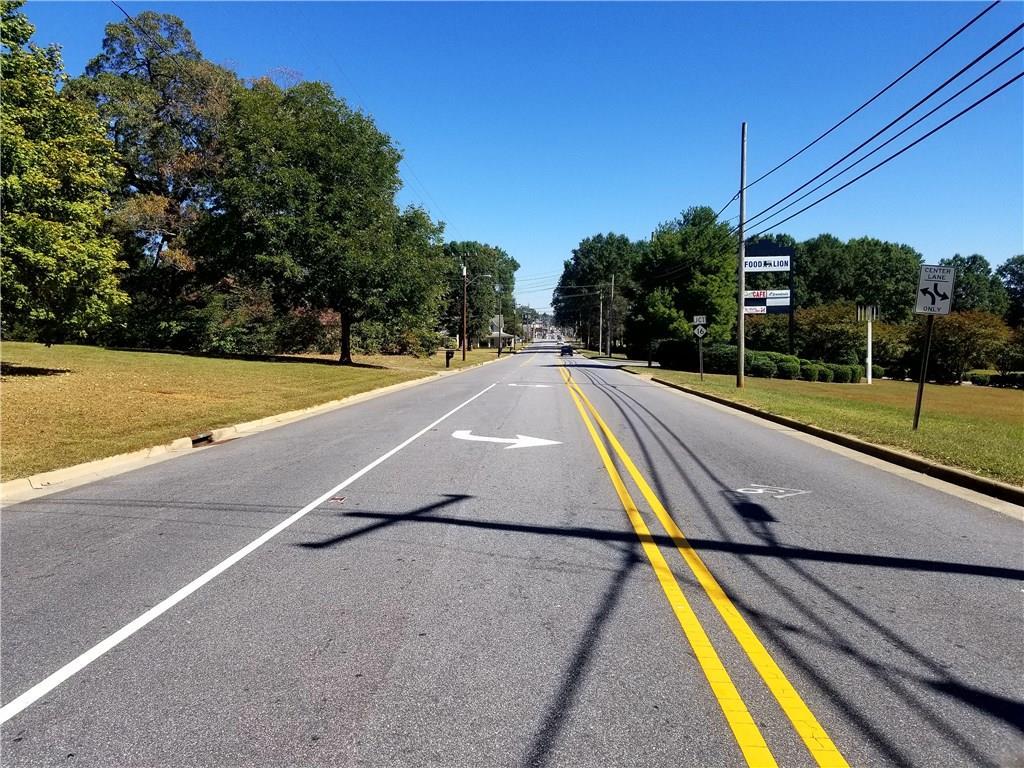 00 W. Main Avenue