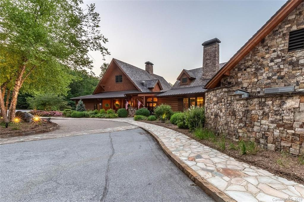 1332 Lake Forest Drive