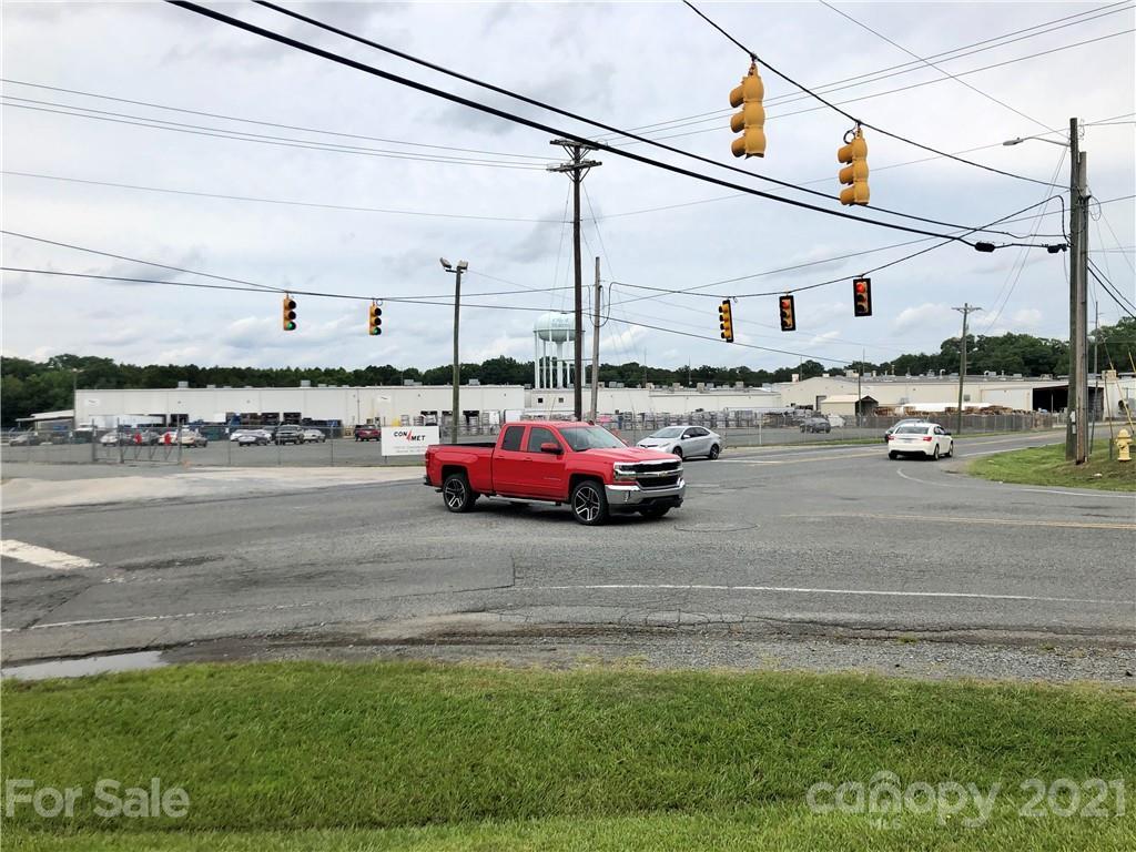 1701 Old Charlotte Highway