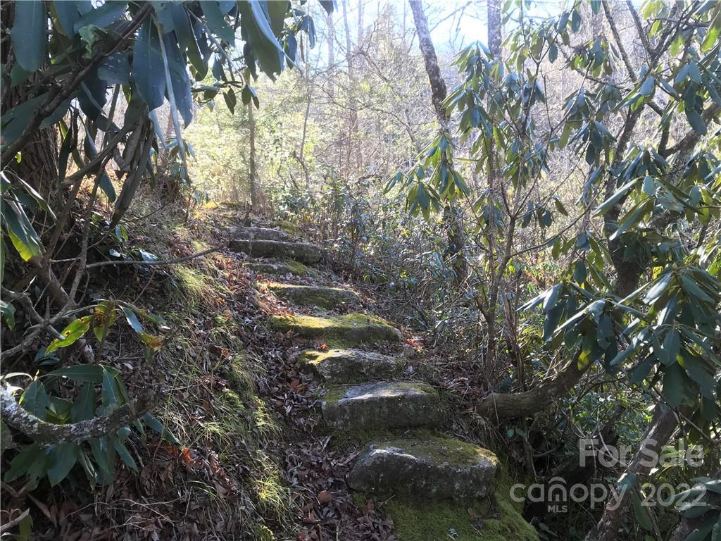 L2 Quarry Road