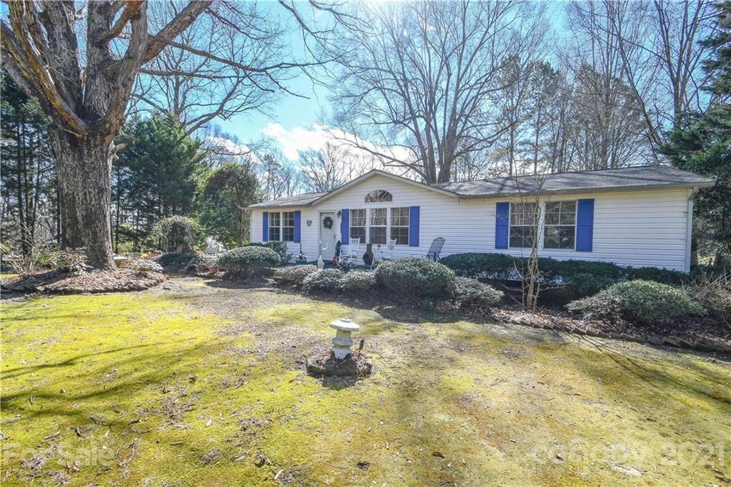 1207 Mangum School Road