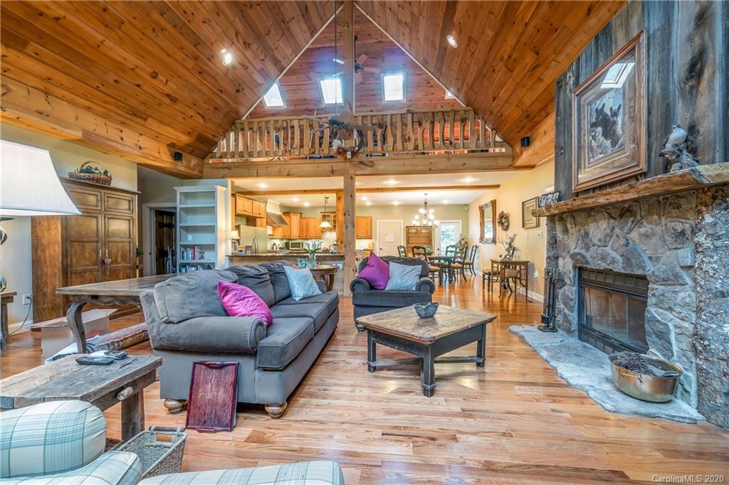 216 Cottage Row