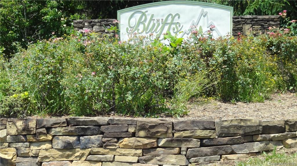 000 Rock Cliff Drive
