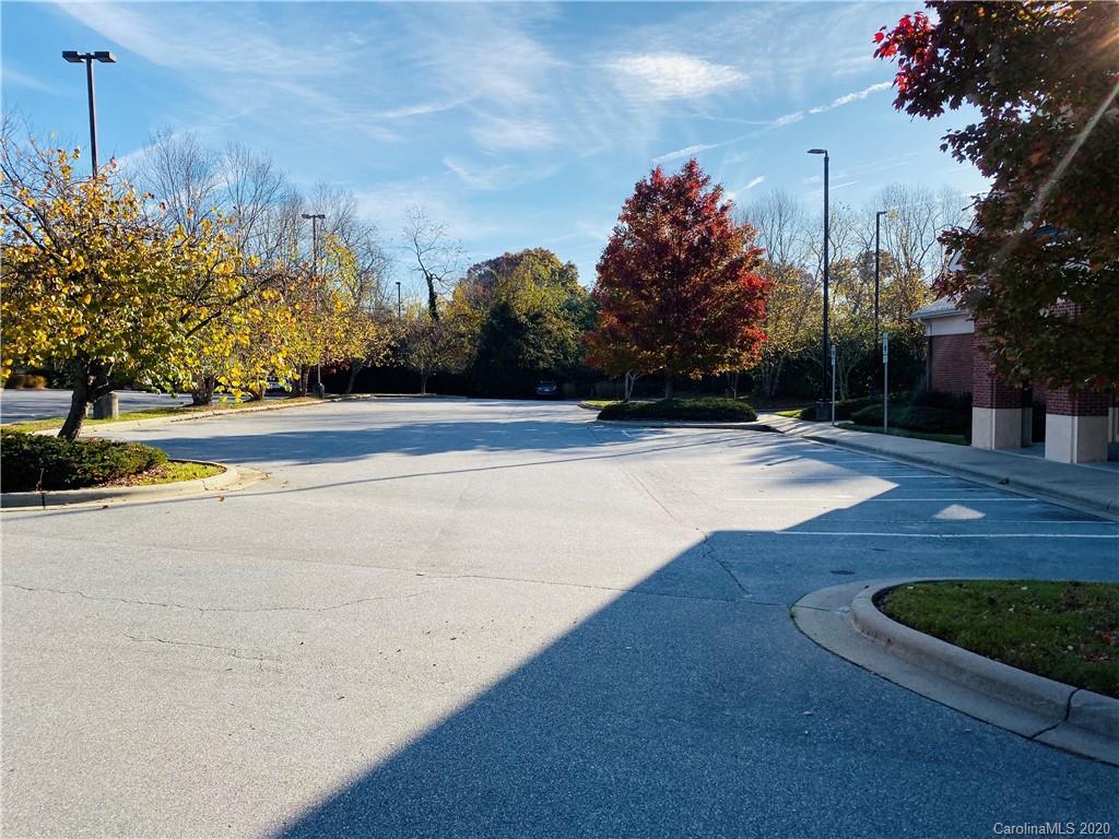 3578 Hendersonville Road