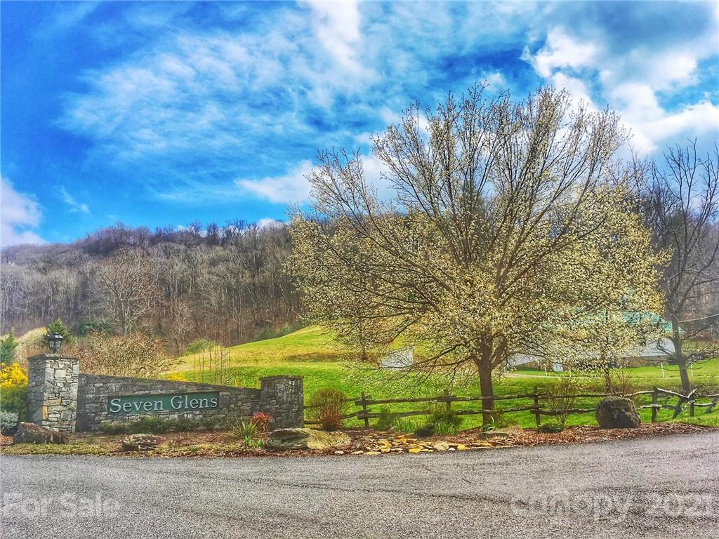 740 Glen Valley Drive