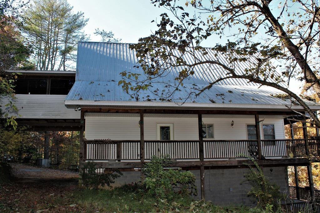 908 Lower Panther Creek Road