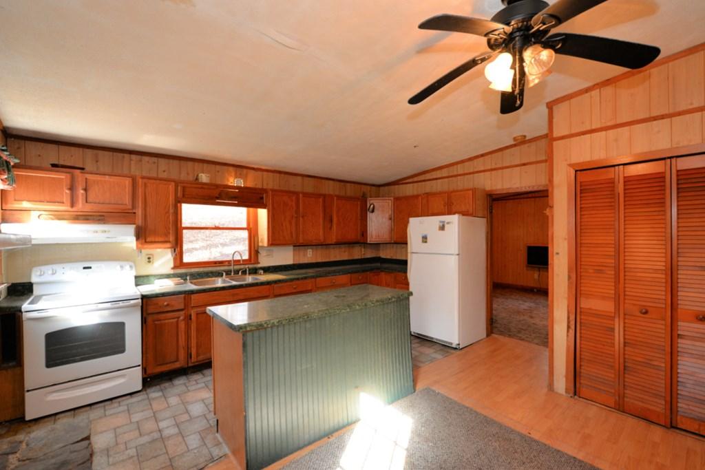 883 Cedar Creek Farms Road