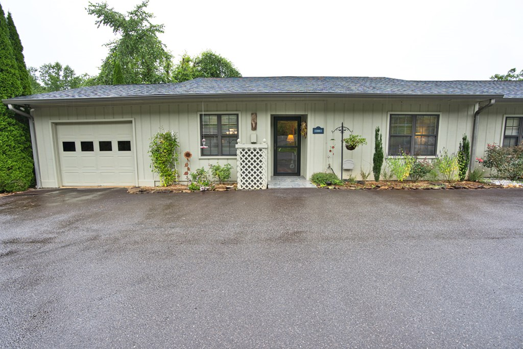 12A Willow View Drive