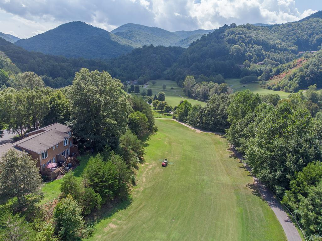151 Country Club Dr Unit #6