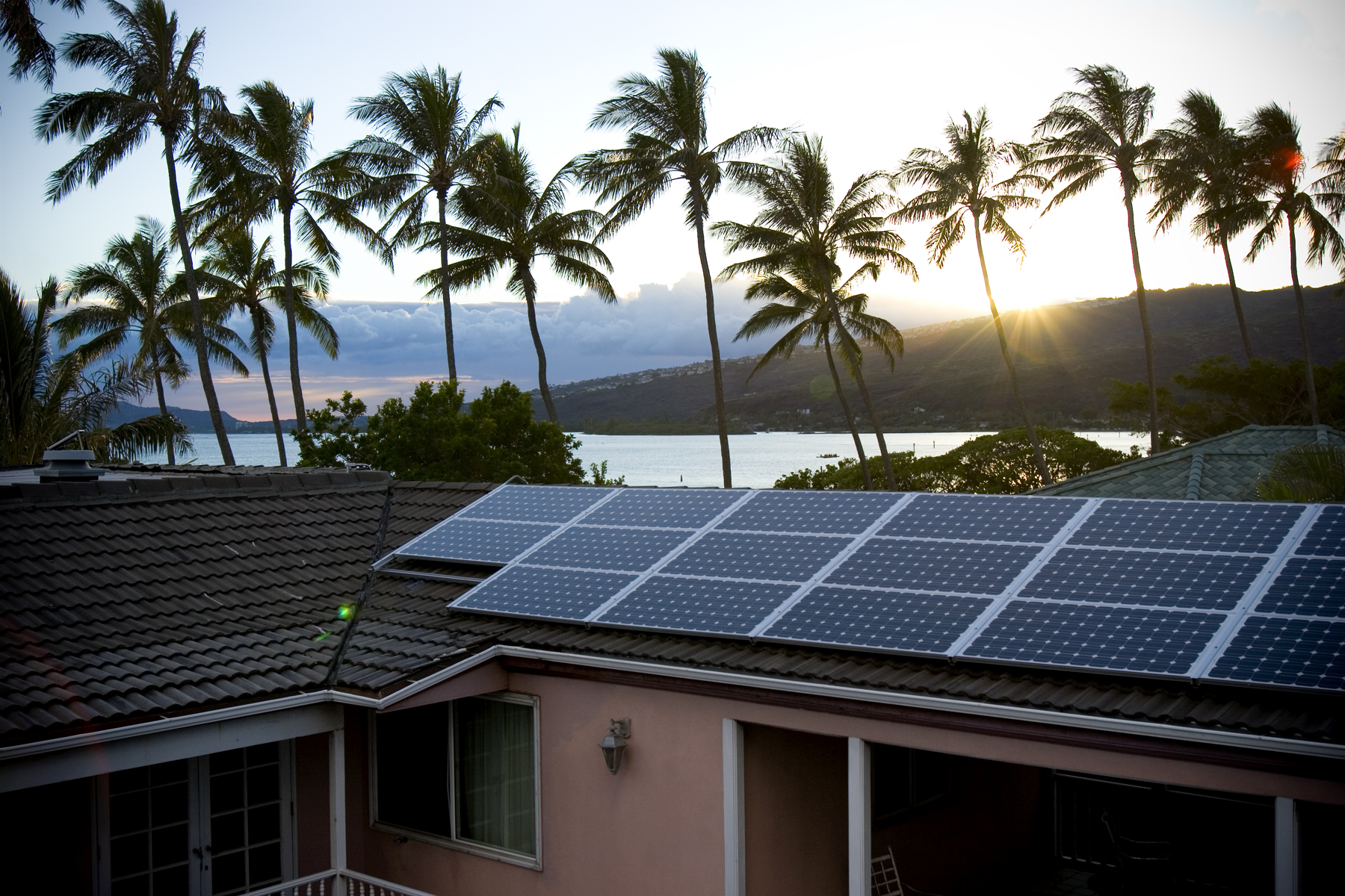Image result for hawaii and solar panels