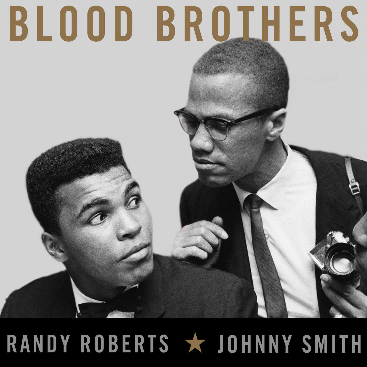Blood Brothers: The Fatal Friendship Between Muhammad Ali and Malcolm X Audiobook, by Randy Roberts