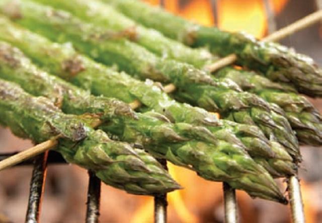 Grilled Buffalo Asparagus