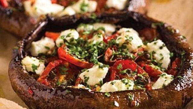 Stuffed Portobello Mushrooms with Roasted Tomato & Goat Cheese