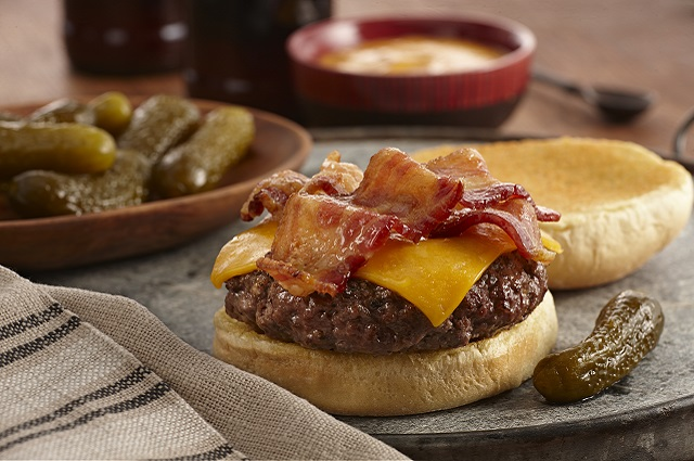 Worcestershire Pub Bacon Cheeseburgers