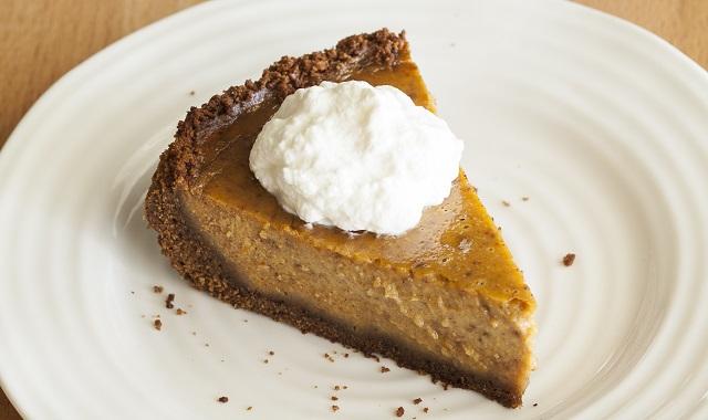 Pumpkin Pie with Gingersnap Crust