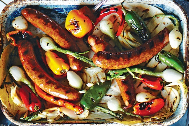 Beer-Poached Grilled Sausages with Sweet Onions