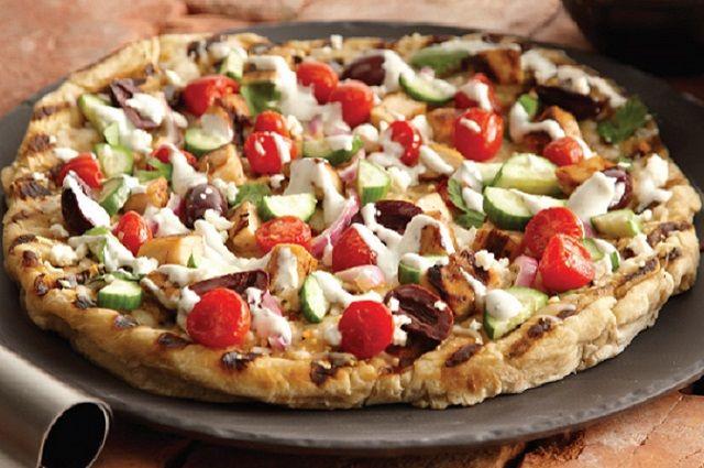 Grilled Chicken Greek Pizza