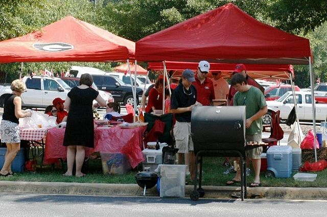 University of Georgia – Dawg-Style Tailgating