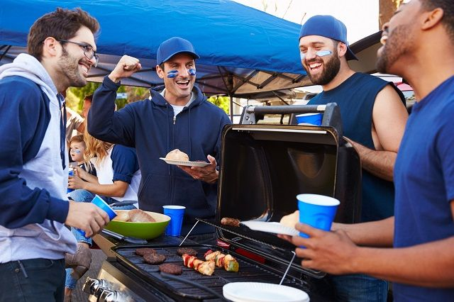 11 Things to Know about Throwing a Tailgate