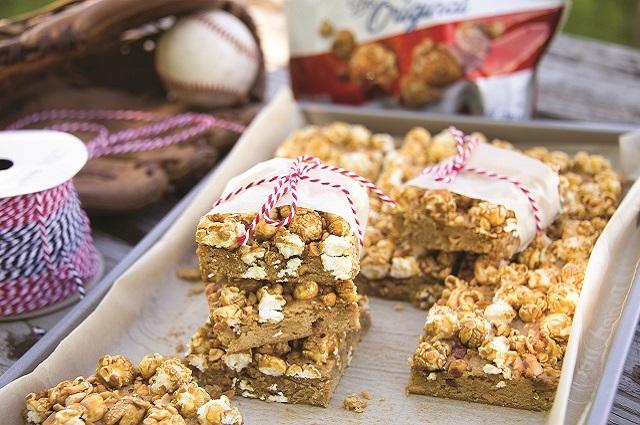 Peanut & Cracker Jack Bars