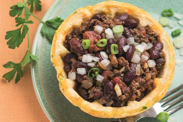 Red Bean Chili with Jalapeño-Cheddar Waffle Bowls
