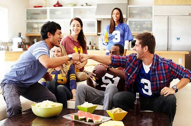 Score Big with a Zero-Waste Super Bowl Party
