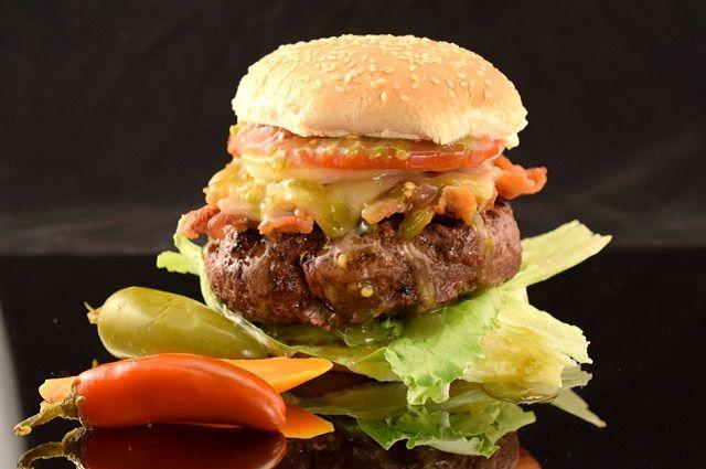 Zippy Jalapeño Burgers