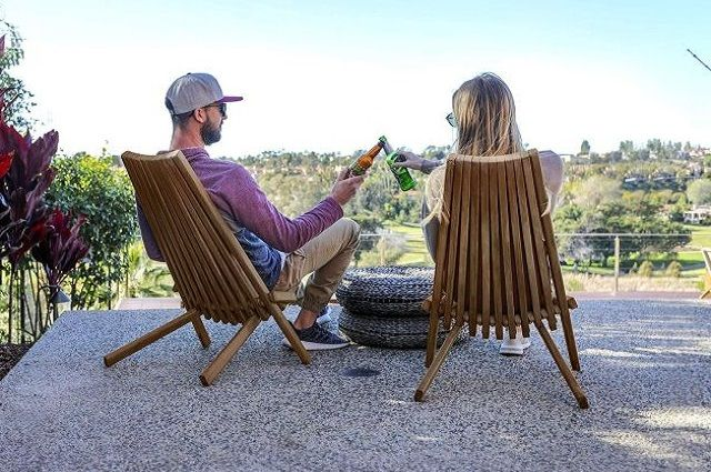 CleverMade Tamarack Folding Wooden Chair