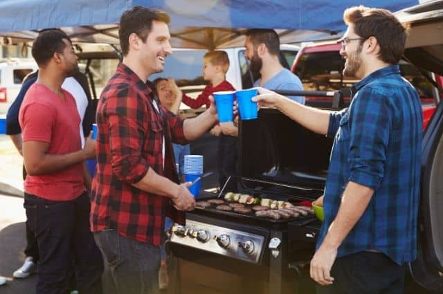 Fun Activities to Do at a Tailgating Party