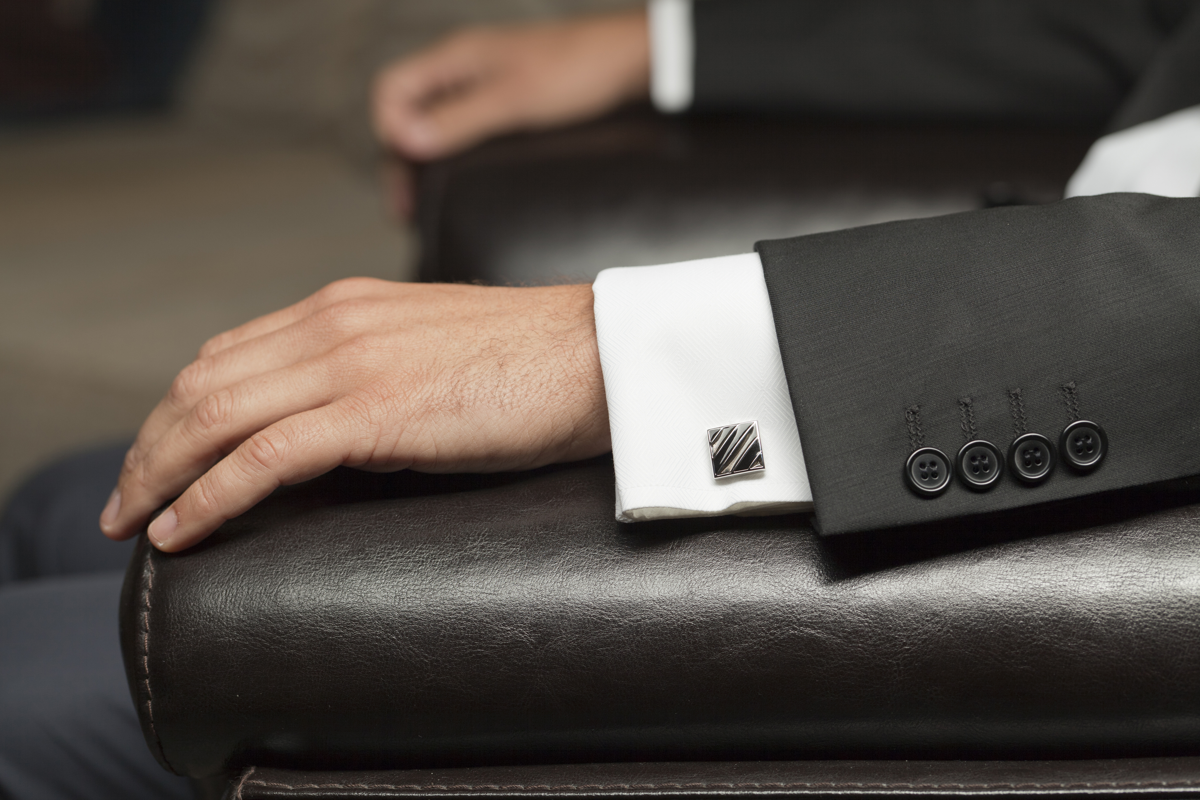 5 Tips for Buying the Best Cufflinks
