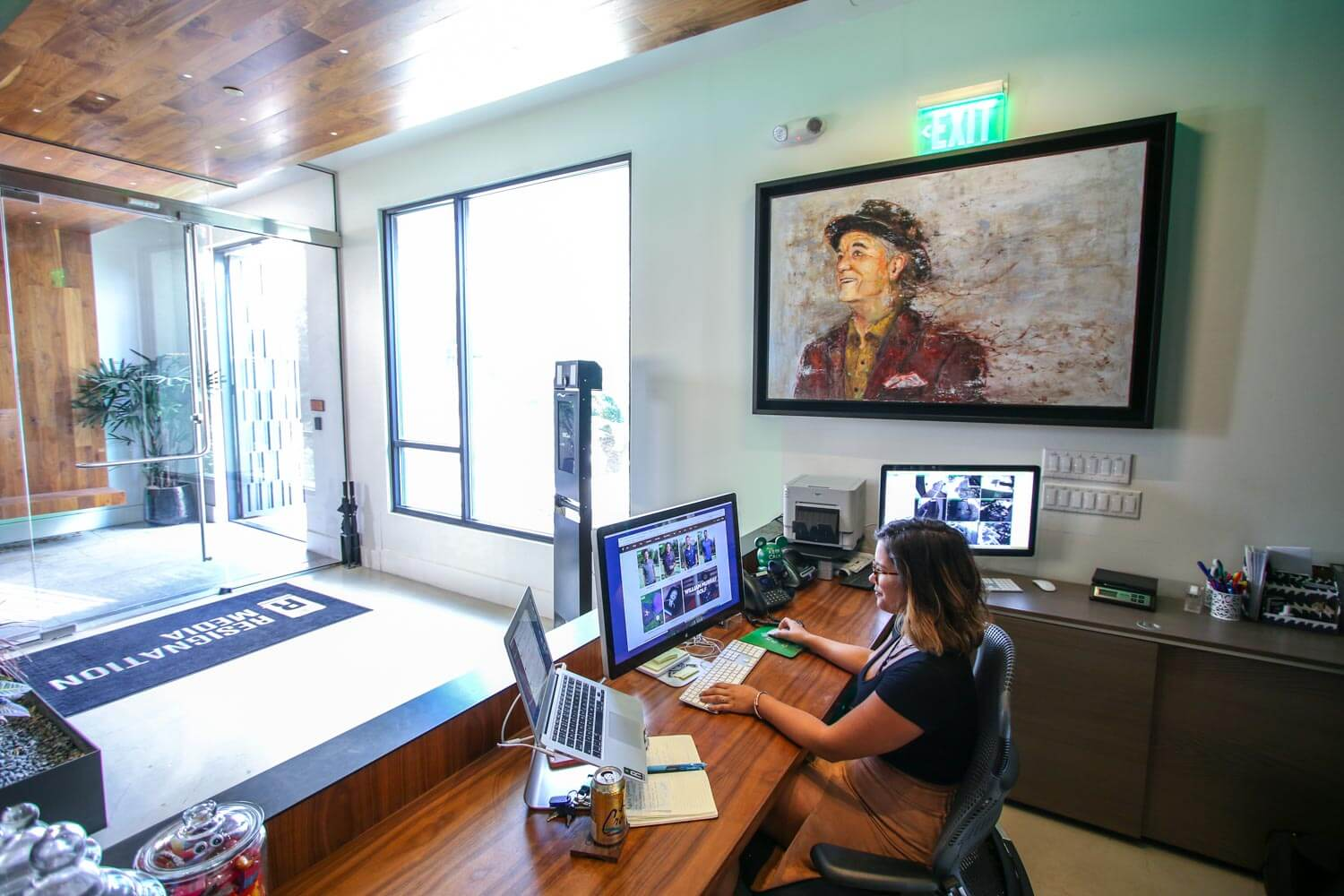 Beautiful Thechive Austin Office In Design