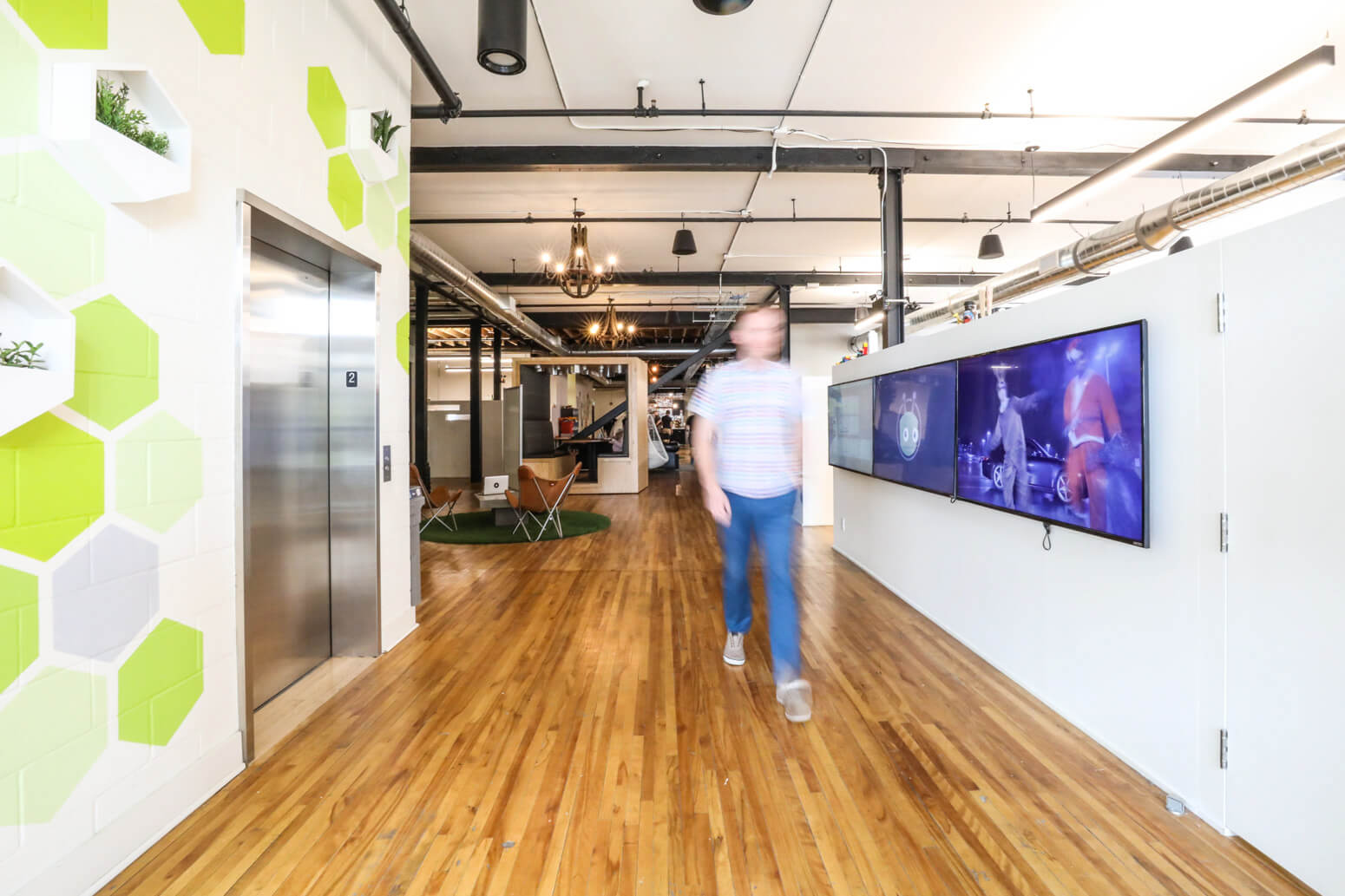 Vidyard Office Killer Spaces-9
