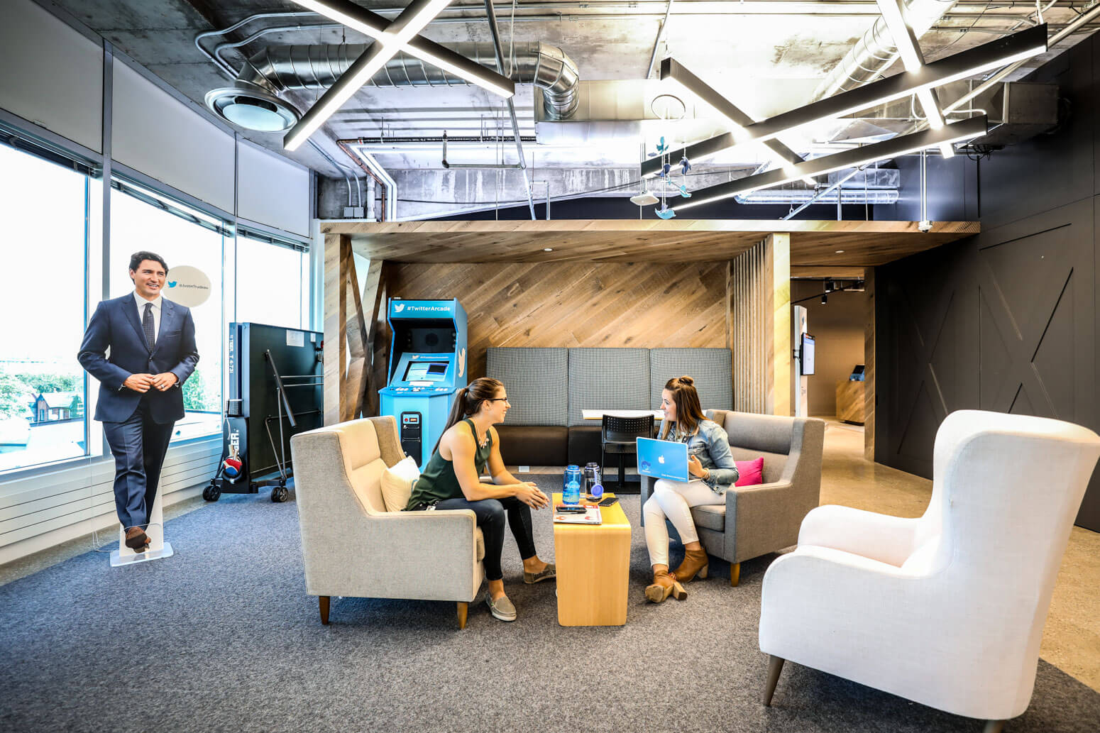 twitter doubles silicon valley office. Twitter Canada Office Killer Spaces-3 Doubles Silicon Valley