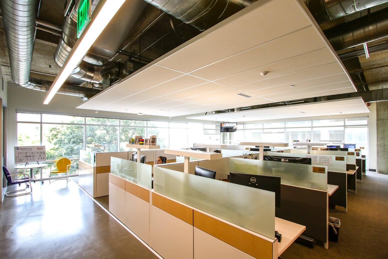 HomeAway Austin Office Killer Spaces-20
