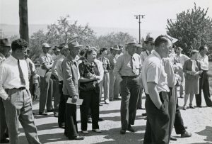 Flying farmers visit station for field day in 1946.