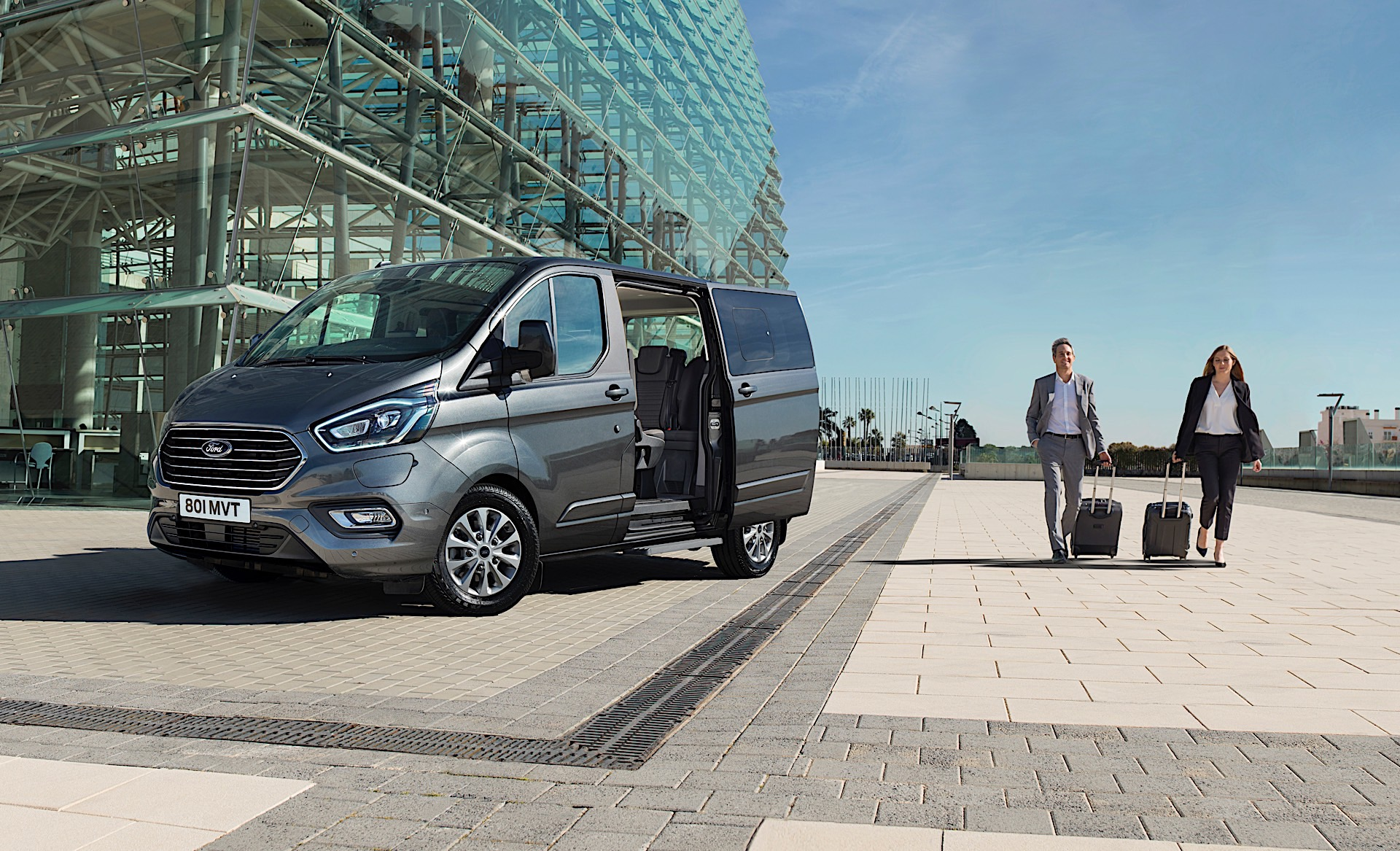 New Ford Plug-In Hybrid Tourneo Van Uses 1 0-Liter EcoBoost